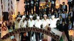 Pedófilos Musulmanes celebrando su boda con niñas.