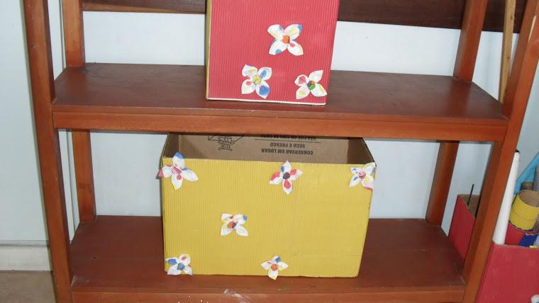 Caixas decoradas com fuxico