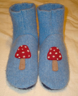 mushroom wool sweater slippers