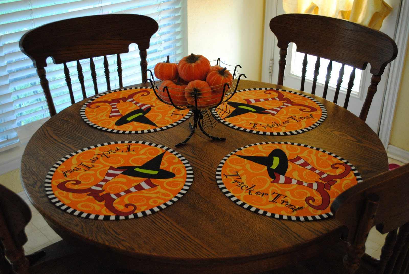 Share - Decoration de table halloween ...