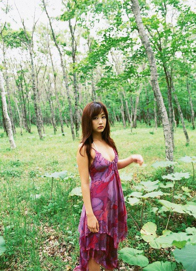 [idol_risa011.jpg]