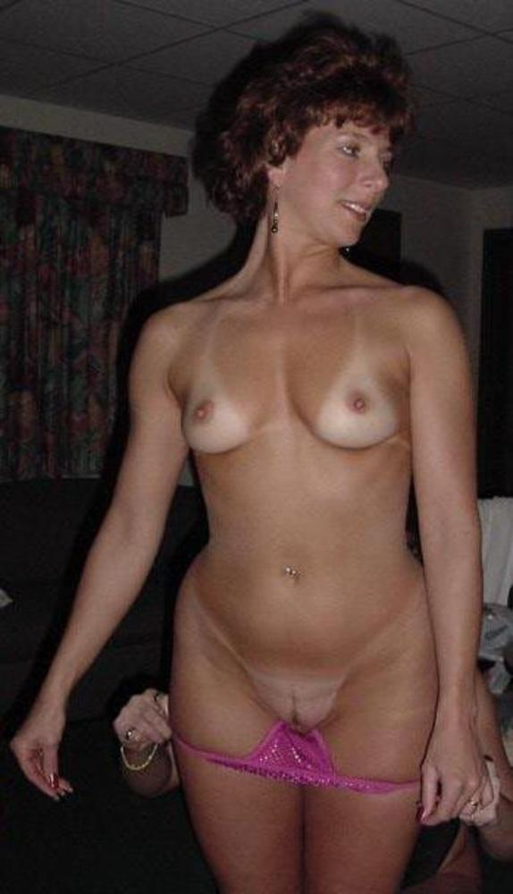 Posted By Bull Dog At Am Labels Amateur Mature Milf