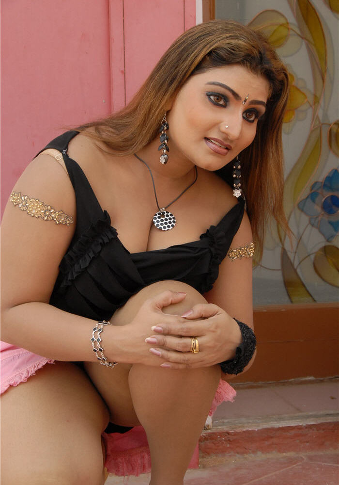 Apoorva aunty nipples images was