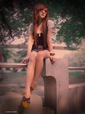http://2.bp.blogspot.com/_EcnS4VWJ3Mg/Sgjmk-6I5qI/AAAAAAAAAus/5zNM0k8lTw0/s400/asian-emo-girl2.jpg