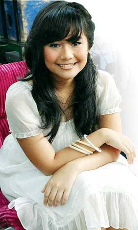 Gita Gutawa on Foto Gita Gutawa Hot Photo Foto Gita Gutawa Hot Photo Foto Gita Gutawa