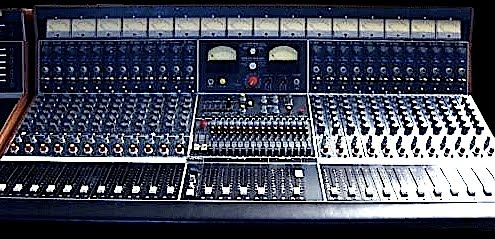 PP Config Guide likewise Visio Diagrams together with Switchcraft Tteznsp9625 Studiopatch 9625 96 Patchpoint Db25 245 532 besides 821592 furthermore Neve 1060 Console. on patch bay connectors