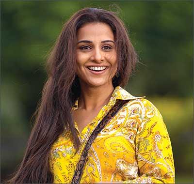Bollywood Actress Vidhya Balan acting lesson