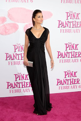 Actress Aishwarya Rai Bachchan attends the premiere of 'The Pink Panther 2'