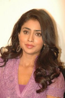 Hot and Sexy Actress Shreya New look images and Shriya Gallery