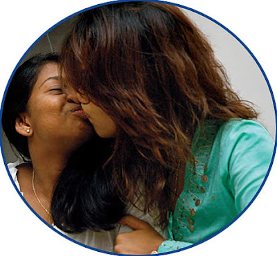 Reema Sen hot kissing Picture leak out with her friend
