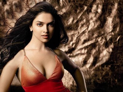 Bollywood actress Deepika Padukone has revealed that she loves to paint in real life