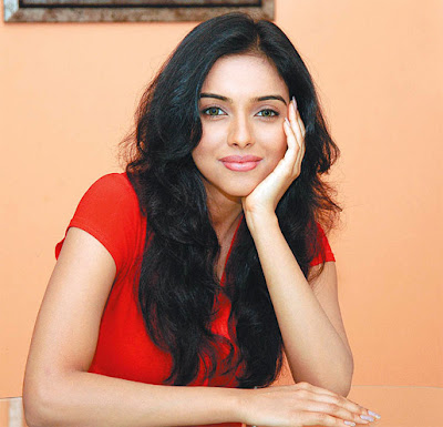 South India Actress Asin upset on next film assignment