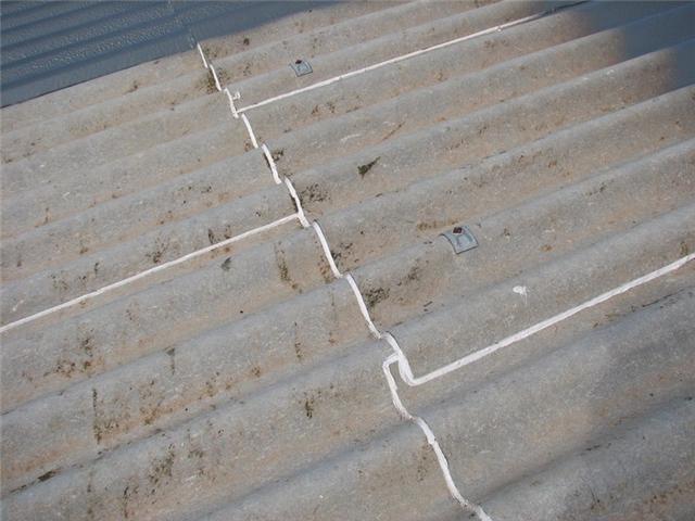 Reparar cubiertas de naves de uralita tratamos uralitas for Tejados prefabricados