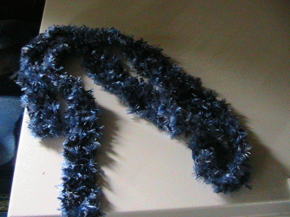 [h's+boa+scarf]