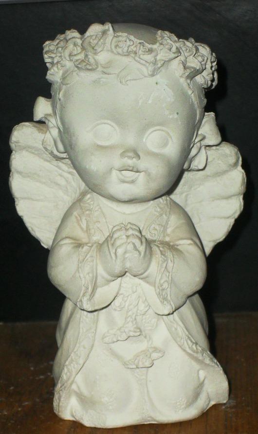 Figuras de yeso angel arrodillado - Angelitos de yeso ...