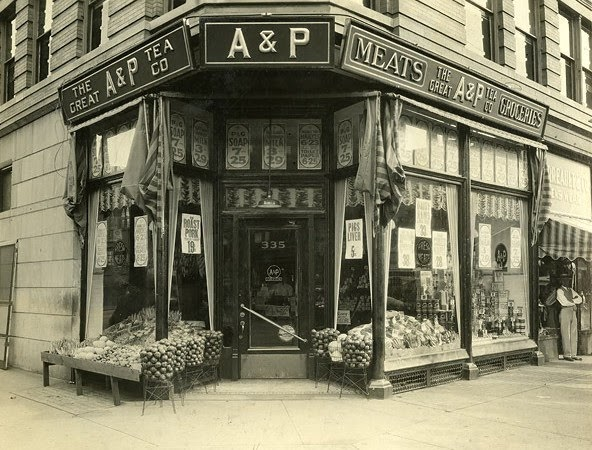 Pleasant Family Shopping The Legend Of The Great A Amp P Tea Co