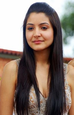 Anushka Sharma hot pics
