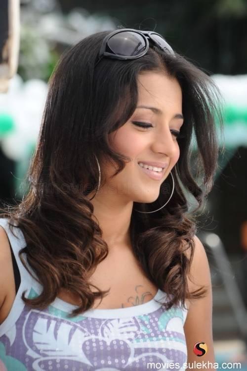 selena gomez cute wallpapers 2011. Selena Gomez: yami gautham