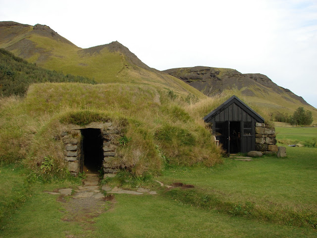Paisajismo pueblos y jardines islandia un pais de paisajes magicos - Casas en islandia ...
