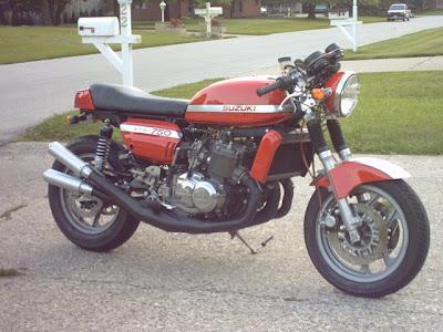 classic 2-stroke suzuki GT750 special