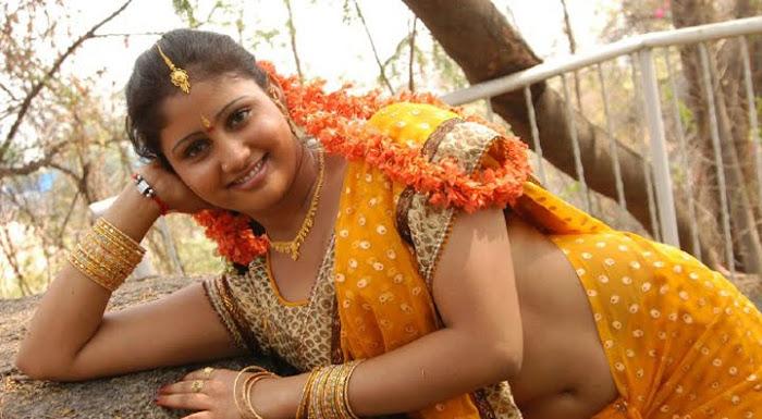 amrutha valli acctreses actress pics