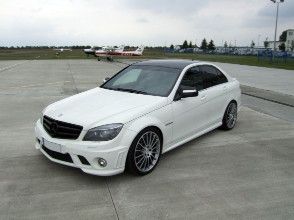 Kean leong motorsport sunway mercedes benz w204 c63 amg for Mercedes benz amg kit