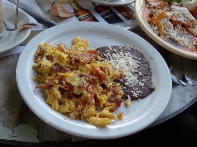 Huevos Revueltos con Champiñones