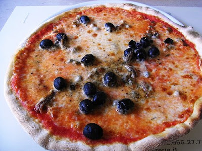 Pizza Con Anchoas