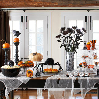 http://2.bp.blogspot.com/_EmZMZMBWNj4/TLXT3FTdWOI/AAAAAAAACRc/oPfKmfEhbQw/s400/halloween-party-table-1009-lg.jpg