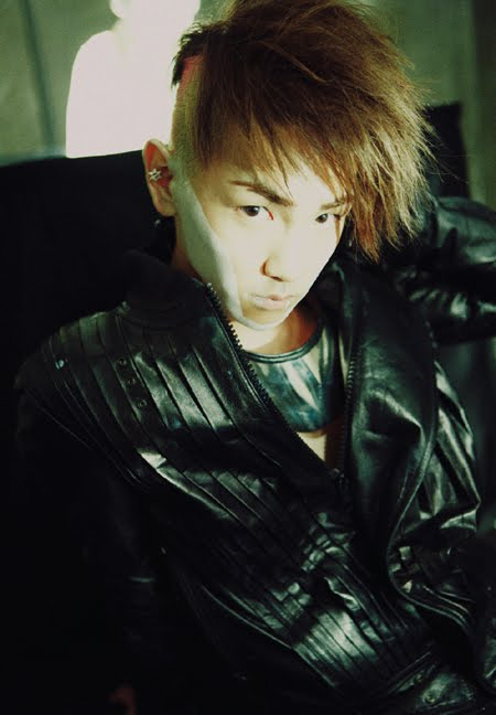 SHINee (Biografía) 100712_shineekeytease_2
