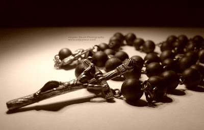 the rosary, rosary, rosario, virgin mary, novena, photography, macro, nature, art, camera, sony ericsson, jaypee david, enjayneer, jaytography, k810i