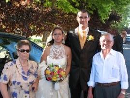 Los novios y los abuelos