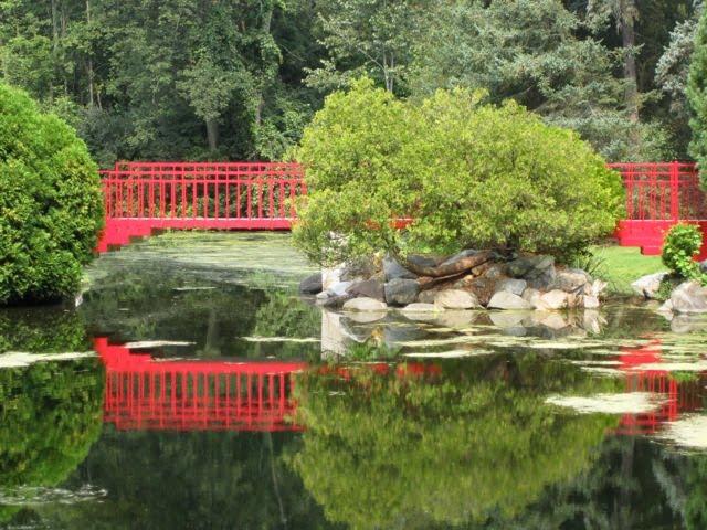 Kalamazoo Seasons: Dow Gardens
