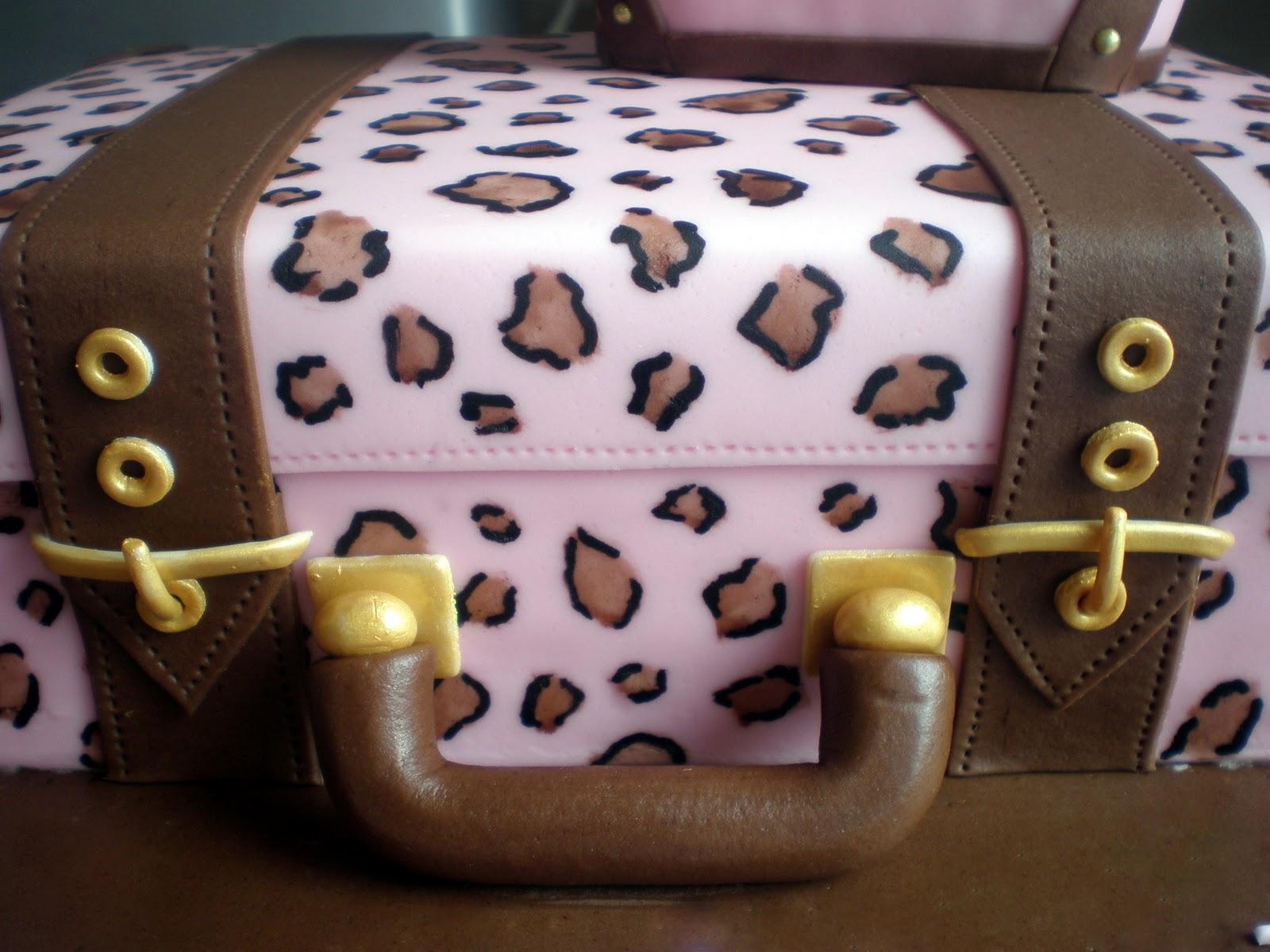 Sugar Siren Cakes Mackay Suitcase Bon Voyage Cake