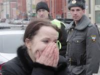 женщина, плачет, теракт, в москве, метро, трагедия, взрыв