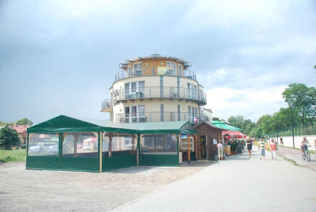 Hotele gda sk brze no villa corona for Villas corona