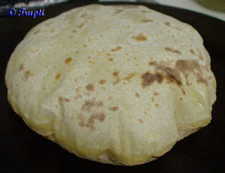 Be Gentle While Rolling The Poli 3 Puran Or Puran Poli Will Remain Good For 2 Weeks