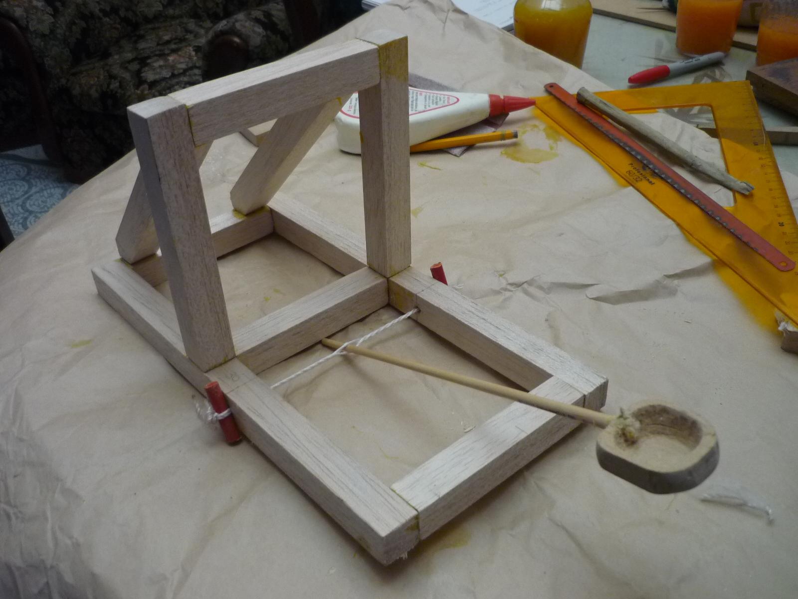 Como hacer una catapulta for Construir piscina natural paso a paso