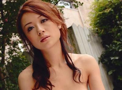 你有去過日本找在風浴工作退休AV女優