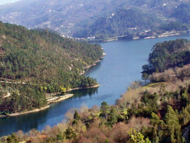 Barragem da Caniçada - Rio Cávado