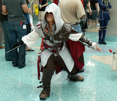 Great costume, MK.