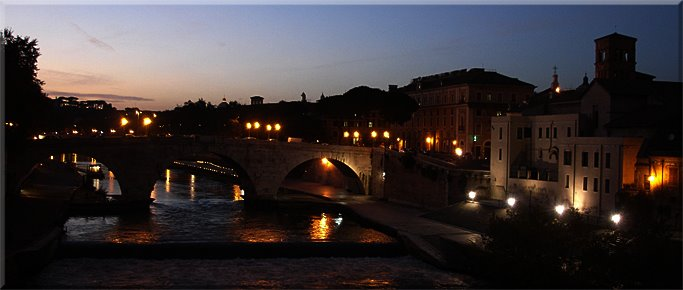 Ponte Cestio e Isola Tiberina desde el Ponte Palatino.