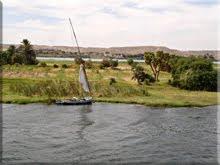 Un bello vergel rodeado de desierto, eso es el Nilo