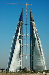 hombre puede considerarse como un rascacielos