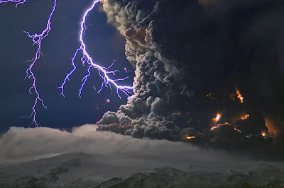 eruption volcano photography