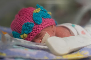 Free Knitting Patterns: Preemie Clothes – Learn How to Knit
