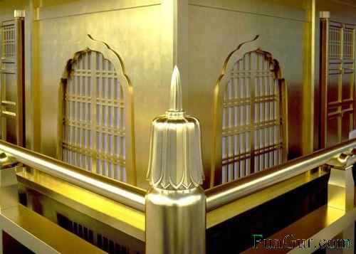 [golden_pavilion_08.jpg]