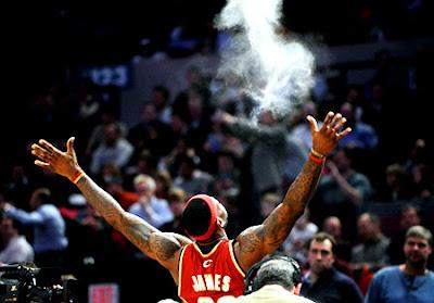 LeBron James - Page 4 Alg_knicks2