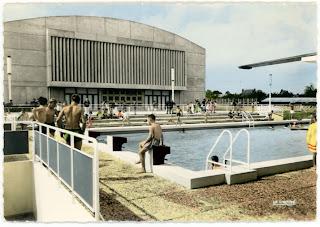 Architectures de cartes postales 1 des vikings une for Piscine yvetot