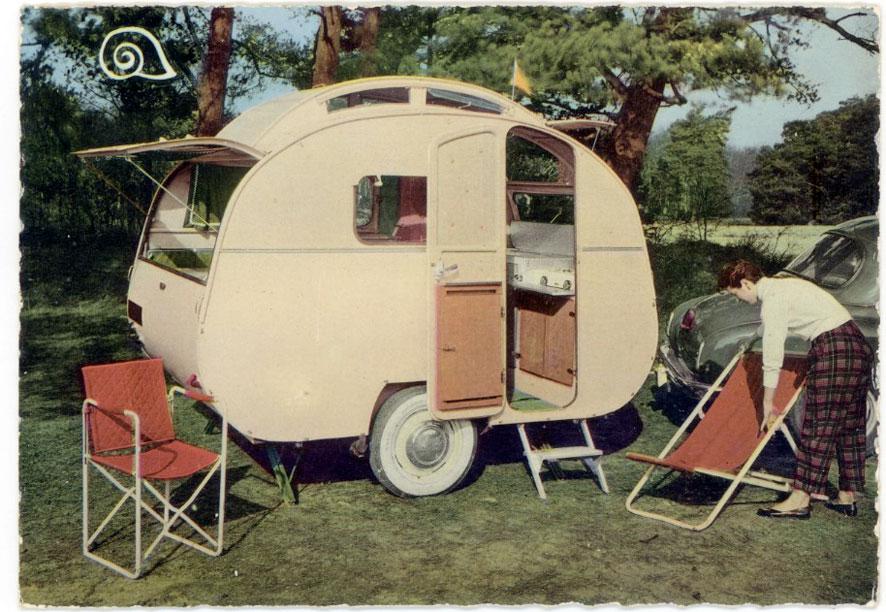 1000 ideas about old school trailer on pinterest floating pontoon craft shed and she sheds. Black Bedroom Furniture Sets. Home Design Ideas